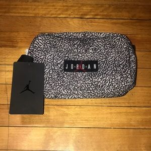 NWT Nike Air Jordan Elephant Print Toiletry Bag